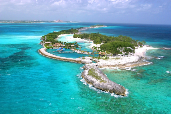 Cheap non stop flights from New York to Bahamas for $266 inlcuding taxes