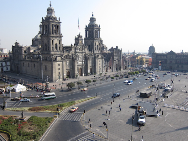 Cheap direct flights from New York to Mexico City for $251 including taxes