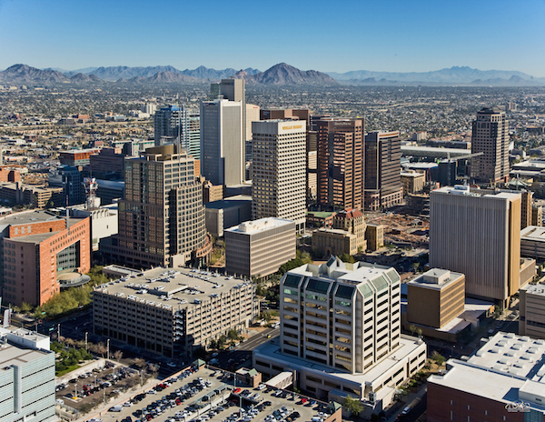 Cheap flights from Chicago to Phoenix for $110 including all taxes